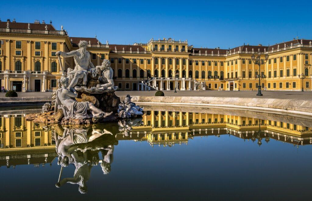 Шёнбрунн-дворец-Вена-Австрия-Vienna-Austria